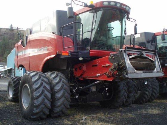 2005 Case IH 8010 in