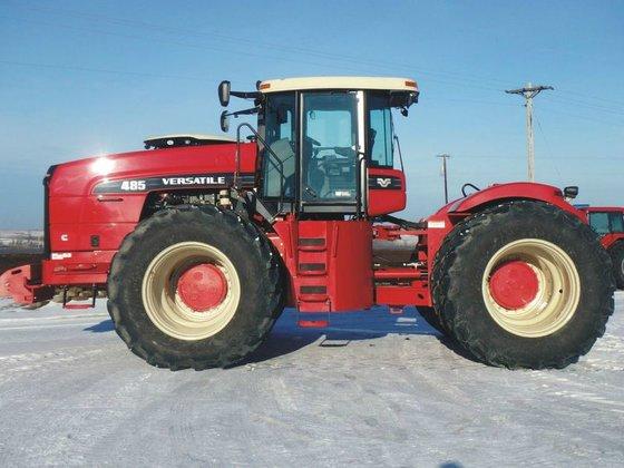 2011 Versatile 485 in Glenwood,