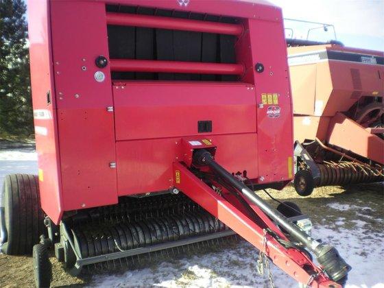 2010 Massey-Ferguson 2856A in Kearney,