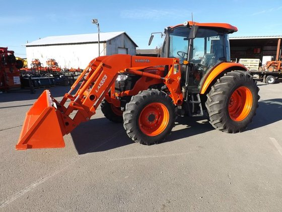 Kubota M9960 in Crossville, TN