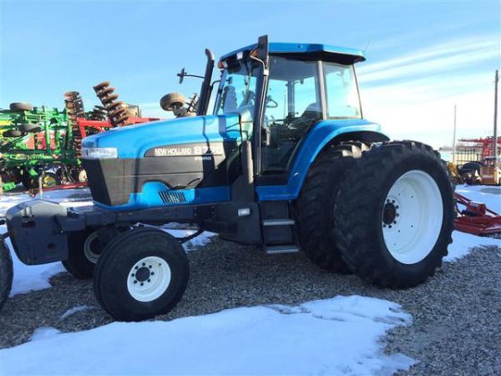 New Holland 8770 in Harlan,