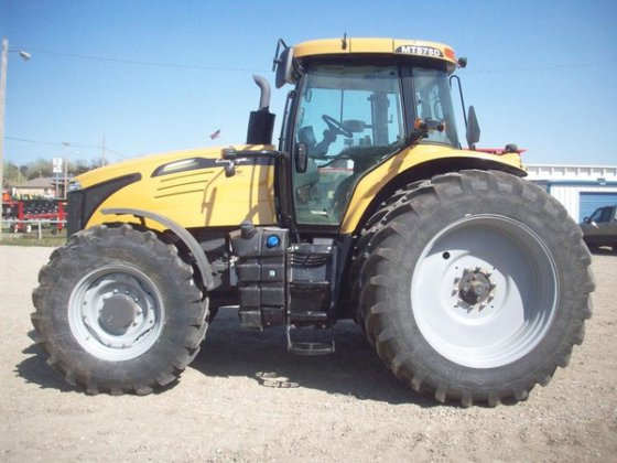 2013 Challenger MT575D in Winfield,