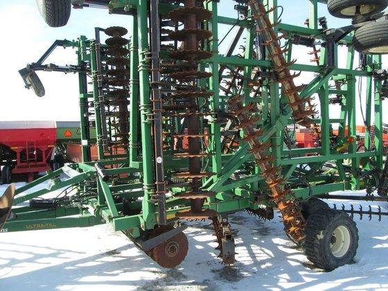 Great Plains UT5052 in Archbold,