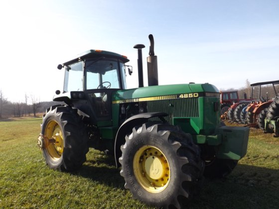 John Deere 4850 in Windber,