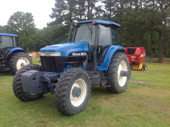 1997 New Holland 8670 in