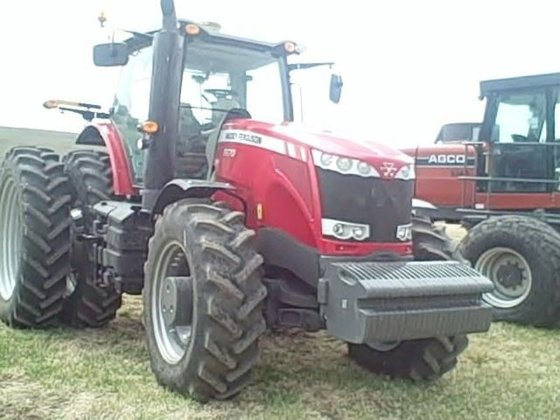 2013 Massey-Ferguson 8670 in Lincoln,