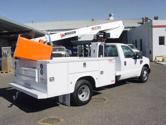 2014 Utility Truck Equipment Mfg