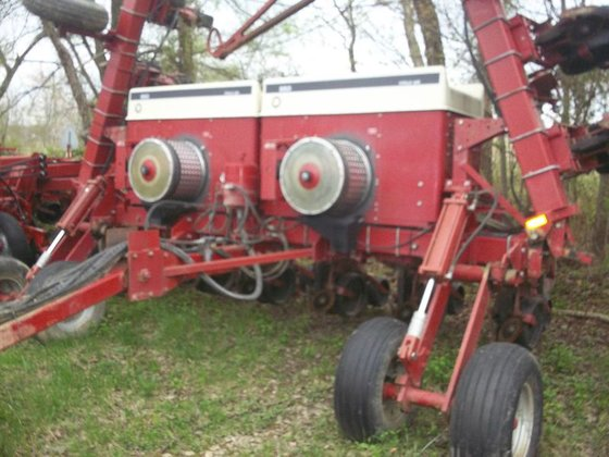 Case IH 950 in Albion,