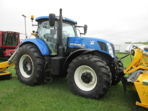 2015 New Holland T7.270 in