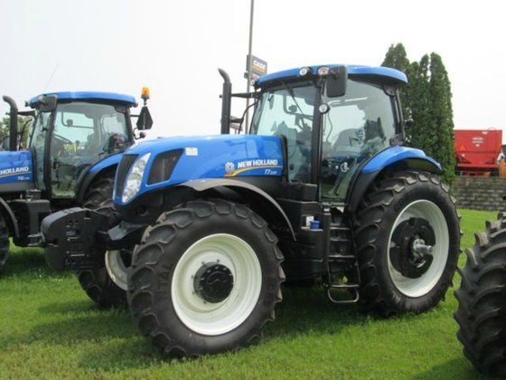 2015 New Holland T7.230 in