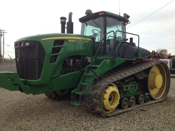 2011 John Deere 9630T in