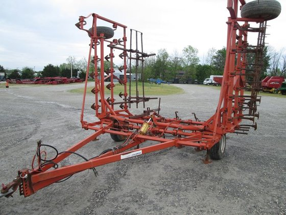 Allis-Chalmers 1200 in Fort Recovery,