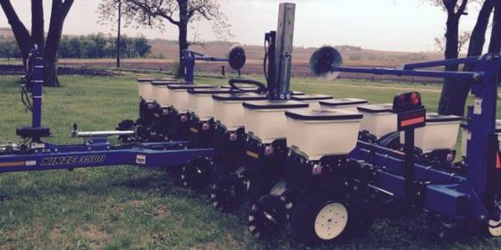 2012 Kinze 3500 in Darien,