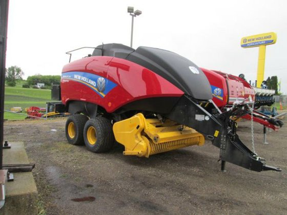 New Holland BIG BALER 330R