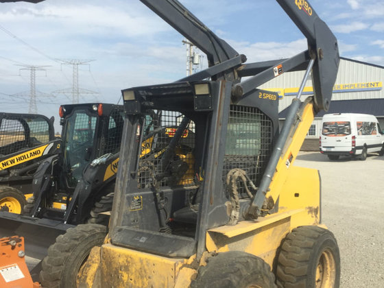 2000 New Holland LS180 in