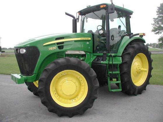2007 John Deere 7830 in