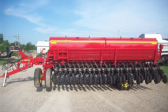 2013 Sunflower 9421-30 in Winfield,
