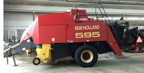 1997 New Holland 595 in