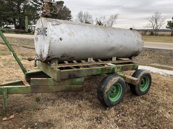 500 Gallon Fuel Tank >> 500 Gallon Fuel Tank On Trailer In Jonesboro Ar Usa