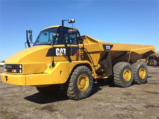 2012 Caterpillar 725 Articulated Dump