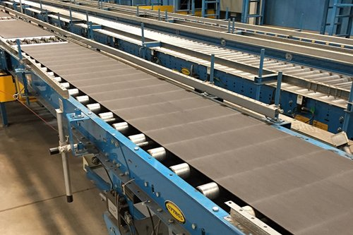 Belt Over Roller Conveyor in East Providence, RI, USA