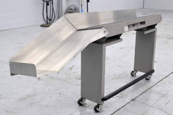 Pitney Bowes Y380 50″ Conveyor – 093017104759 in Maple