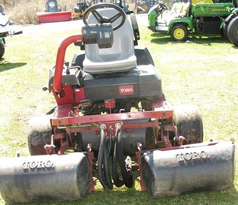 Toro Diesel Triplex-3200D in Calverton,
