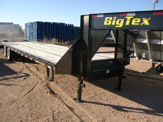 2012 Big Tex 22GN-28 in