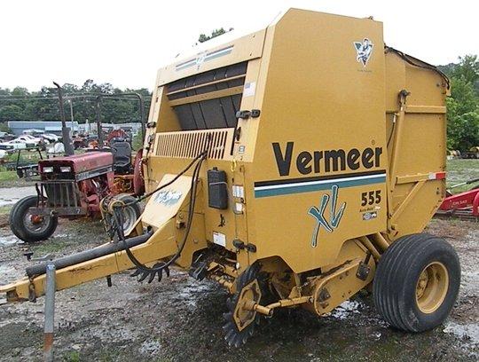 2006 Vermeer XL555 in London,