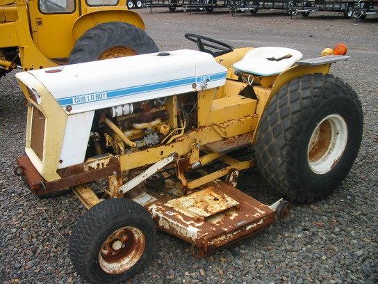 1970 International Cub Lo-Boy 154
