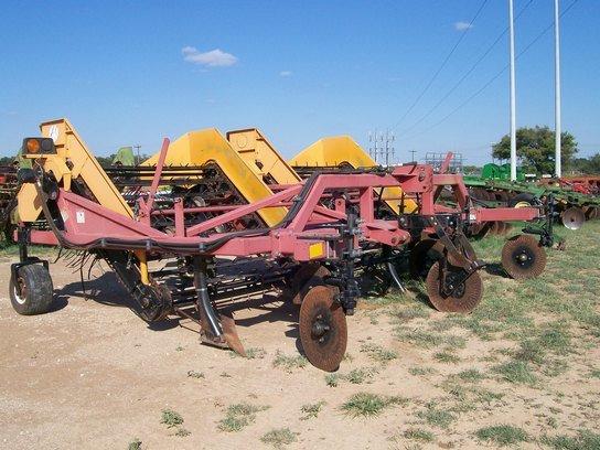 2000 440 in Comanche, TX