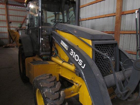 2010 John Deere 310SJ in