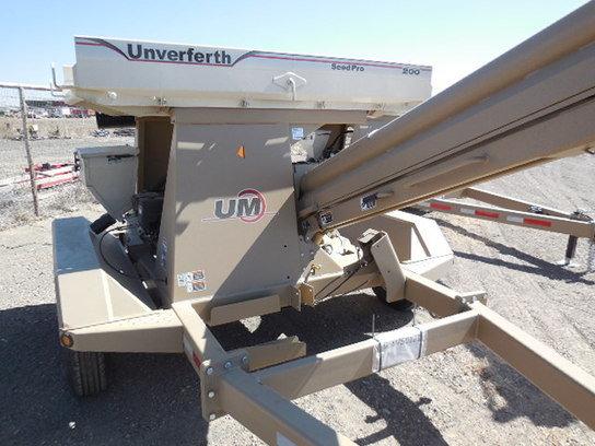 2014 Unverferth 200 in Muleshoe,