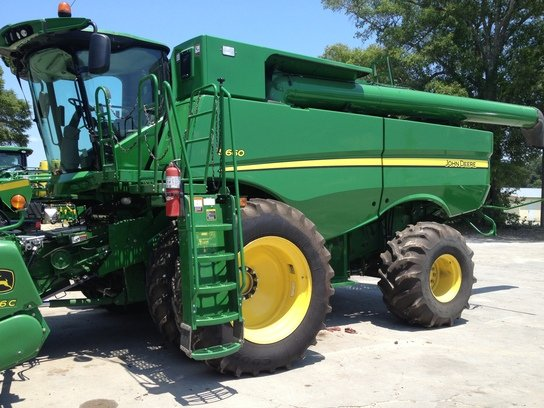 2013 John Deere S660 in