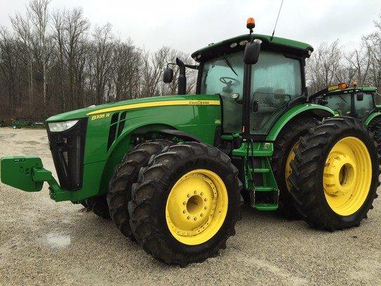 2012 John Deere 8335R in