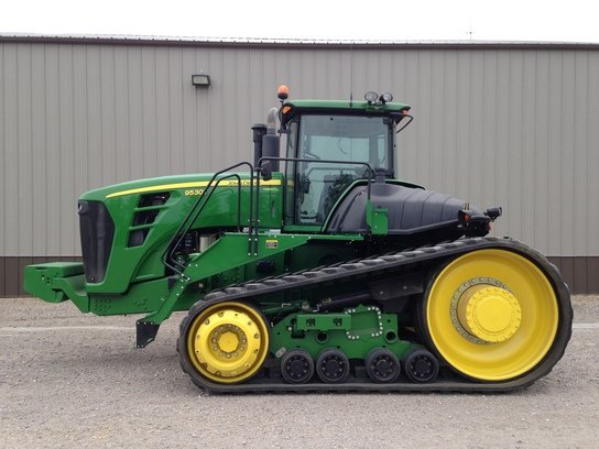 2011 John Deere 9530T in