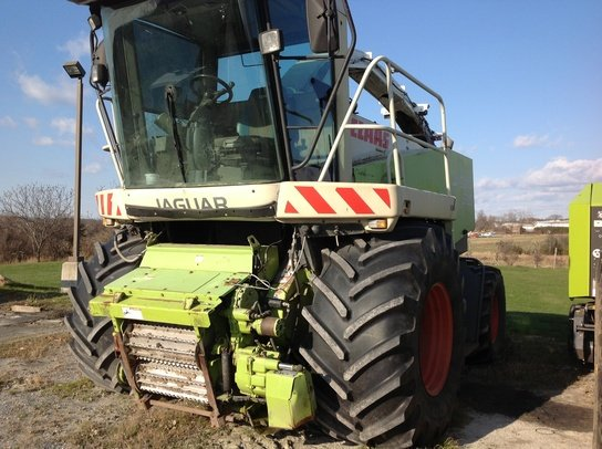 2001 Claas 900 in Middlebury,