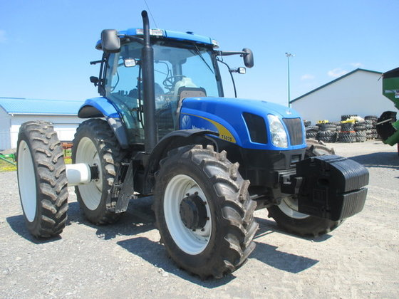 2008 New Holland T6070 in