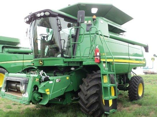 2011 John Deere 9570 STS