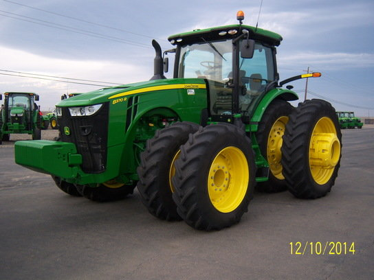 2014 John Deere 8370R in
