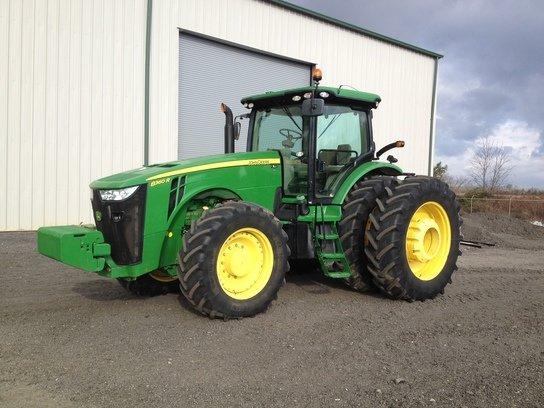 2012 John Deere 8360R in