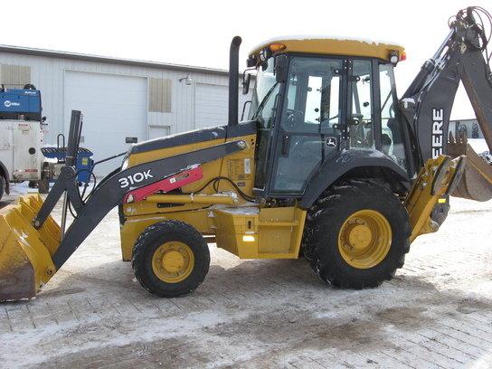 2012 John Deere 310K in