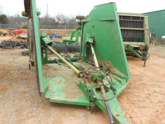2003 John Deere CX-20 in
