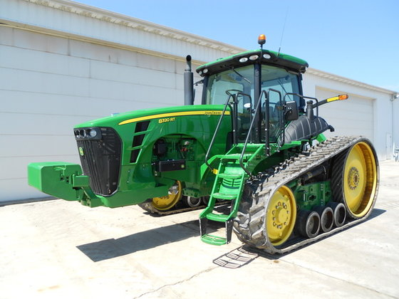 2010 John Deere 8320RT in