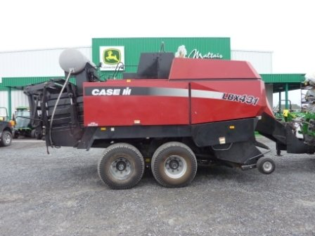 2002 Case IH LBX431 in