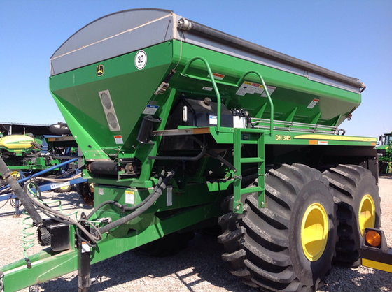 2012 John Deere DN345 in