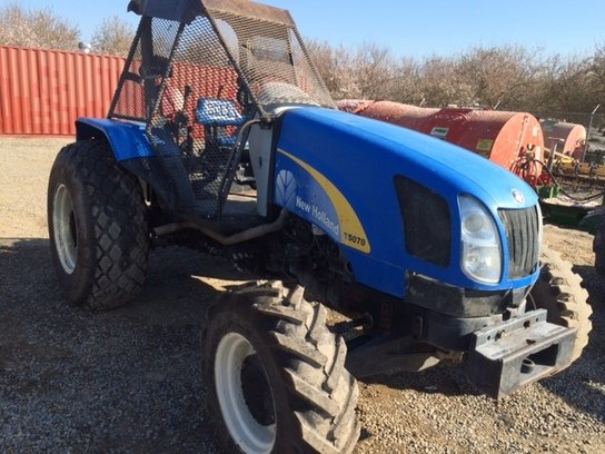 2008 New Holland T5070 in