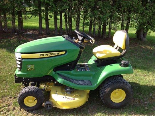 2012 John Deere X310 in