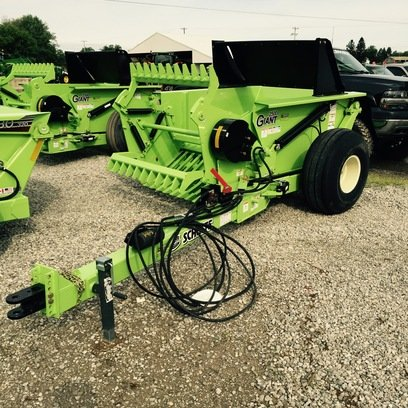 Schulte 2500 Giant in Jonesville,
