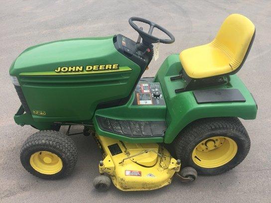 1998 John Deere 325 in